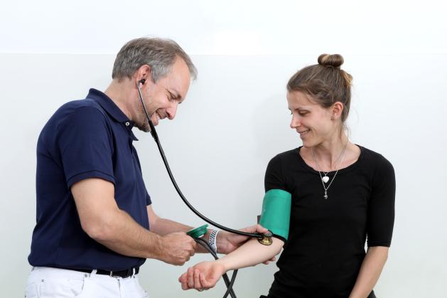 Hausarzt Neuss: Praxis Drususallee Dr. Pukies und Dr. Schöfmann Neuss Vorsorge Neuss